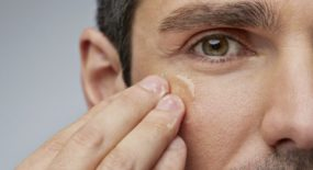 Crème visage homme : conseils pour choisir sa crème selon son type de peau